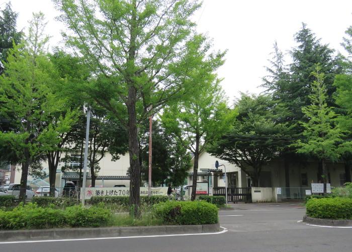 上杉山中学校