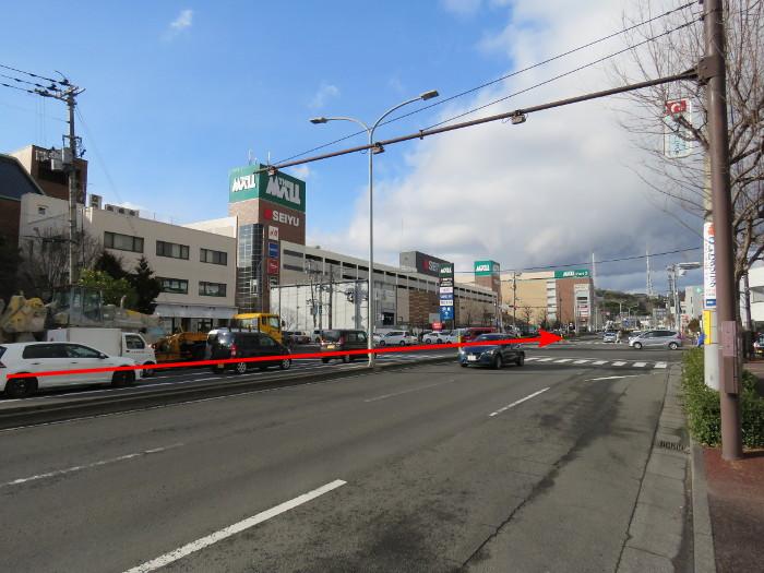 ララガーデン駐車場(南から1)