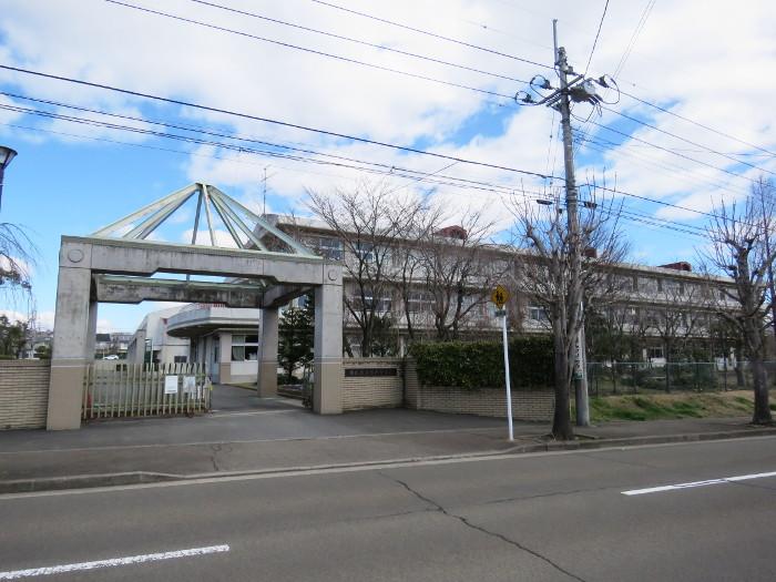仙台市立高森中学校