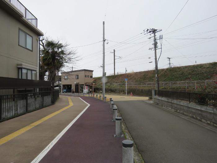 薬師堂駅から若林区役所(のびすく若林)4